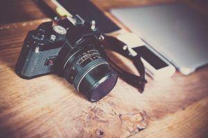 Descriptif d'un appareil photo reflex dans un comparatif gagnant