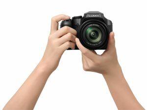 Quelles sont les déficiences et insuffisances de l'appareil photo hybride ?