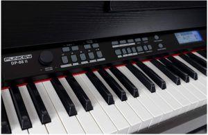 Quelles sont les caractéristiques des pianos numériques FunKey DP-88 ?