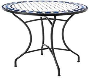 Les différents matériaux de fabrication d'une table de jardin dans un comparatif