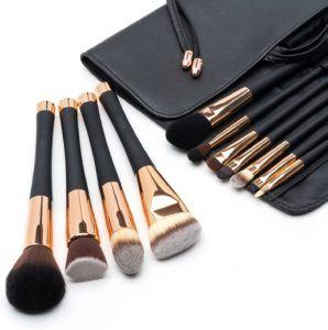 Qu'est-ce qu'un pinceau de maquillage exactement dans un comparatif?