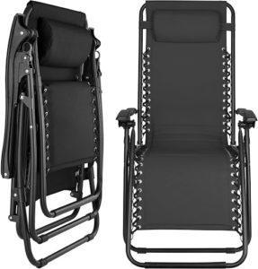 Ce modèle est conçu avec un repose-pied rétractable pour soutenir les pieds de l'utilisateur