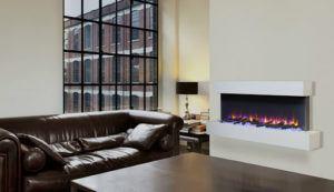 Cette cheminée électrique permet de se réchauffer au coin du feu, mais surtout d'apporter une ambiance cosy à l'espace