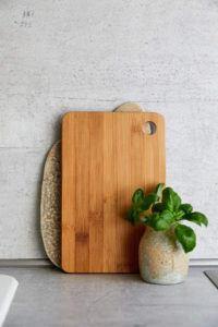 Encore une planche à découper en bambou