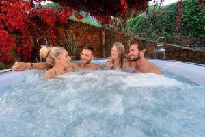Grâce à sa capacité avantageuse, profitez de moments de relaxation en famille ou entre amis