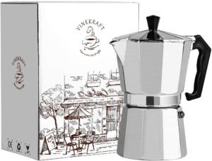 La cafetière à piston vous permet de préparer rapidement de délicieux cafés.