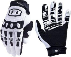 Les gants Seibertron Dirtpaw sont renforcés à plusieurs niveaux afin de protéger au mieux les mains des motards.