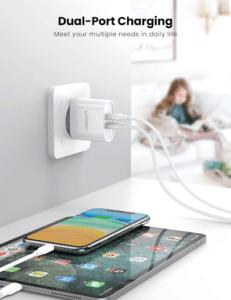 Un chargeur universel compatible avec une grande majorité de périphériques alimentés en USB, de type tablette, iPad, liseuse numérique, et autres.