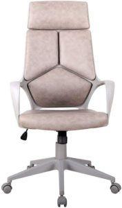 Une bonne chaise pivotante est ergonomique et confortable.
