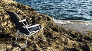 la chaise haute est idéal pour faire la sieste, bronzer, ou encore lire un livre tout en bronzant