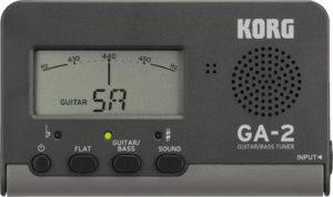 Grâce au KORG GA2, branchez votre accordeur via un câble jack à vos guitares électriques et basses préférées, pour un accordage de haute précision.