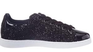 Chaussure pour femme avec gomme synthétique et fermeture à lacet.