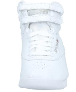 Chaussure pour le sport adapté pour les femmes.
