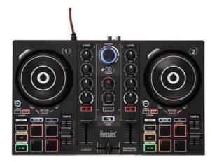 Les plus grands DJ, mondialement connus, ont une table de mixage.