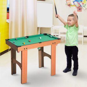 La mini table de billard de Homcom est parfaite pour les enfants