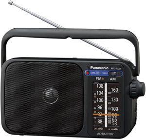 La radio portable peut être utilisée facilement par tous