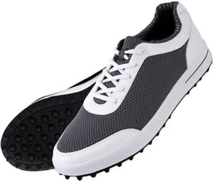 Les chaussures de golf sont super respirantes.