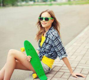Les skateboards rétros sont décidément à la mode ces temps-ci.