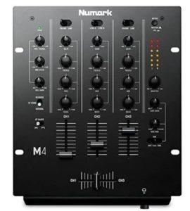 La table de mixage est indispensable pour créer de la musique.