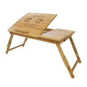 La table de lit est idéale pour travailler sur son ordinateur portable depuis son lit.