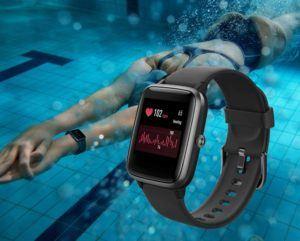 Une smartwatch Android de plus qui peut aller sous l'eau