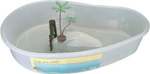 Le bassin est bien conçu, facile à vider et à nettoyer. Le seul bémol est que cet aquaterrarium ne convient pas aux tortues qui aiment sortir de l'eau pour aller sur la terre.