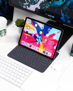 Le clavier pour tablette vous permettra de travailler plus facilement sur votre tablette.