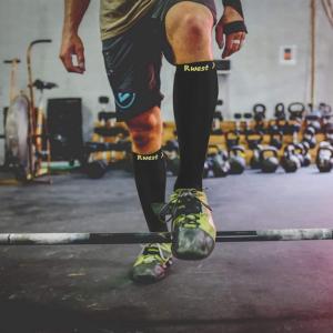 Les chaussettes de compression favorisent l'oxygénation des cellules, synonyme de performance sportive accrue.