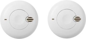 Les détecteurs de fumées sont petits et facilement montables au plafond.