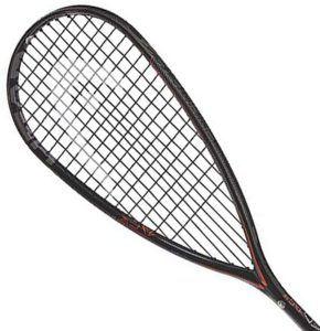 Le squash est un jeu dans lequel deux ou quatre personnes s'affrontent dans une salle fermée.
