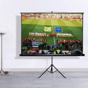 Les écrans de projection peuvent être utilisés pour une multitude de choses.