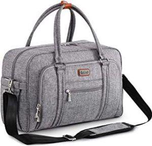 Grâce aux sacs à langer, vous aurez toujours à portée de main ce dont vous avez besoin pour prendre soin de votre bébé en dehors de la maison.