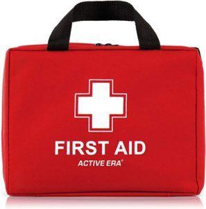 Cette trousse de premiers secours dispose de 220 articles les plus importants.