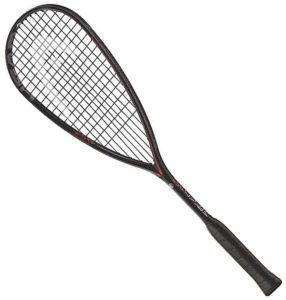 Gardez en tête que chaque type de raquette correspond à un style de jeu, plus agressif, équilibré ou défensif.