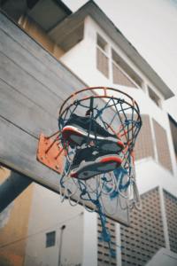 Les chaussures de basket ne sont plus seulement utilisées pour le basketball.