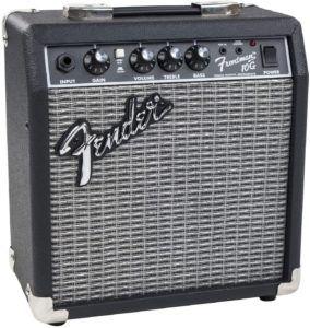 Selon les tests des clients, pour tous les débutants, un ampli guitare de 10 à 20 Watts est amplement suffisant pour démarrer.