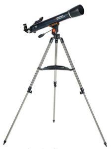 Le télescope est un accessoire indispensable pour tout astronome qui se respecte.