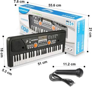 Ce clavier électronique vient avec un microphone pour maximiser le plaisir de votre enfant.