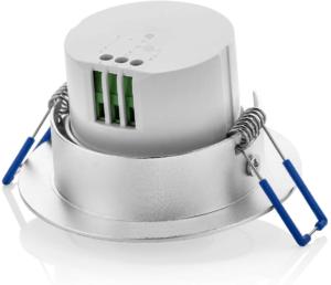 Le détecteur de mouvement détient un capteur infra-rouge capable de déclencher une commande, au moindre mouvement effectué dans son périmètre de détection.