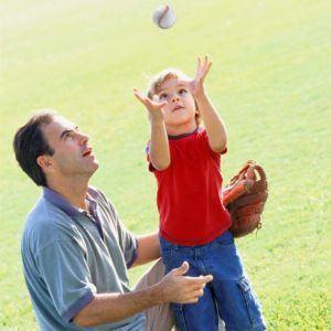Selon les tests, les mini-balles de baseball molles peuvent atteindre jusqu'à 65 km par heure.