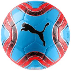 Ce ballon est conçu pour l'entraînement et est idéal pour les loisirs selon les tests comparatifs. Sa partie extérieure est réalisée en TPU et son support est composé de mousse TPE et de polyester pour plus de durabilité.