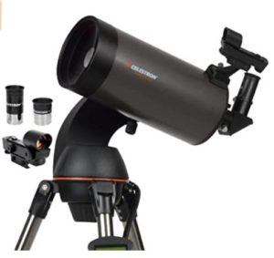 Sirius est l'étoile la plus lumineuse du ciel, vue depuis la planète Terre.