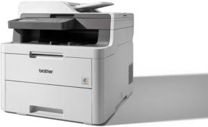 Selon les tests des utilisateurs, 'imprimante multifonction vous permet de gagner du temps.