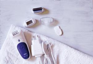 Grâce à le meilleur épilateur électrique, épilez-vous rapidement sans avoir à passer par un institut de beauté ! Faites le test!