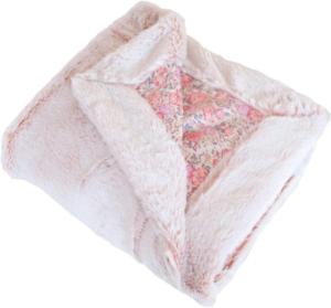 Les couvertures d'été et d'hiver sont, logiquement, fabriquées avec des matériaux différents. Testez-les et découvrez ce que vous aimez.