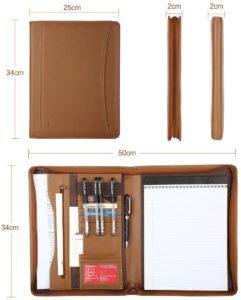 Ouvrez la fermeture éclair avec plusieurs emplacements pour cartes de visite sur le côté gauche, anneau pour stylo, poche zippée et compartiment pour coussinets selon les avis des utilisateurs.