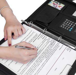 Il existe aujourd'hui sur le marché de nombreux modèles et styles de porte-documents selon les tests comparatifs.