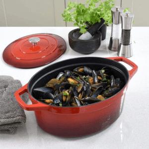 La casserole est un récipient efficace pour y préparer vos repas préférés.