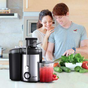 Vous pouvez préparer rapidement et facilement votre jus à partir de légumes et de fruits.