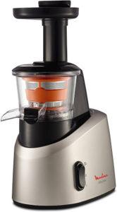 L'extracteur de jus est doté d'une technologie de presse à froid pour extraire en douceur le jus des fruits et légumes.